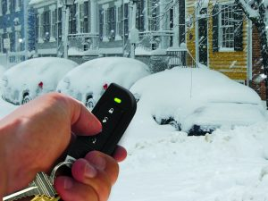 Photo, Automate, hand and remote in Snow Large 12-12